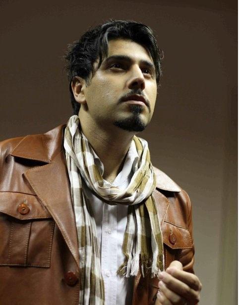 دانلود آهنگ غمگین کاش عاشقت نمیشدم از احسان خواجه امیری با متن شعر ترانه
