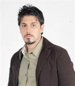 دانلود آهنگ باور نمیکنم از احسان خواجه امیری با متن ترانه شعر