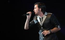 دانلود آهنگ جدید محسن یگانه  وابستگی با کیفیت بالا